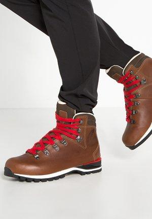 WENDELSTEIN  - Hiking shoes - braun