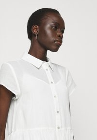 Bruuns Bazaar - KATHIS DRESS - Shirt dress - snow white - 4