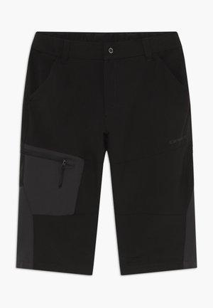 KOBE - 3/4 sports trousers - black
