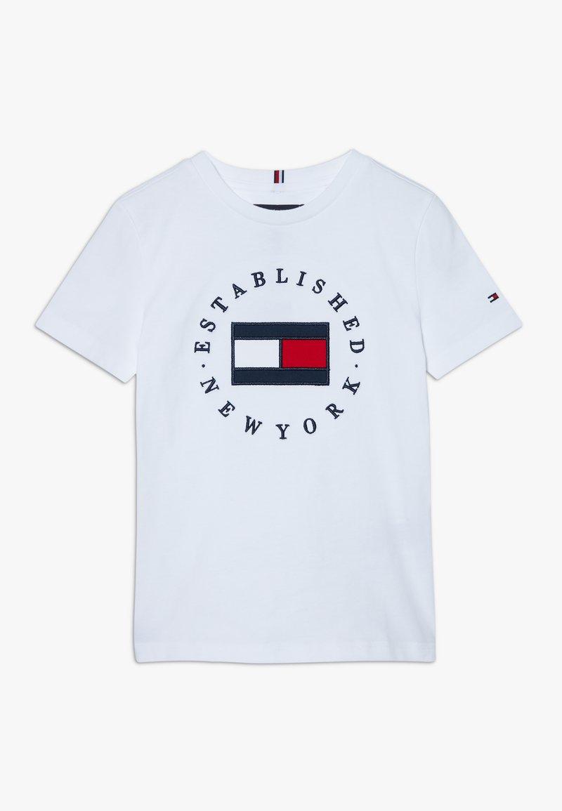 Tommy Hilfiger - FLAG TEE  - T-shirt imprimé - white