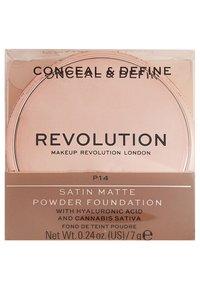 Make up Revolution - CONCEAL & DEFINE POWDER FOUNDATION - Foundation - p14 - 3
