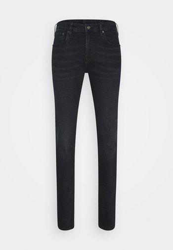 SKIM - Slim fit jeans - waiting line