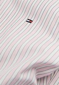Tommy Hilfiger - BOLD STRIPE REGULAR FIT - Shirt - rose - 4