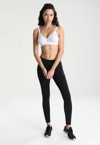 triaction by Triumph - TROPHY - High support sports bra - white - 1