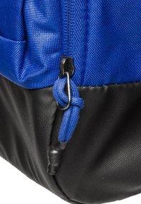Nike Performance - VAPOR POWER M DUFF - Sportstasker - blue - 4