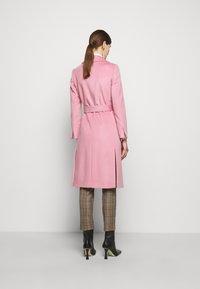 MAX&Co. - RUNAWAY - Klassinen takki - pink - 2