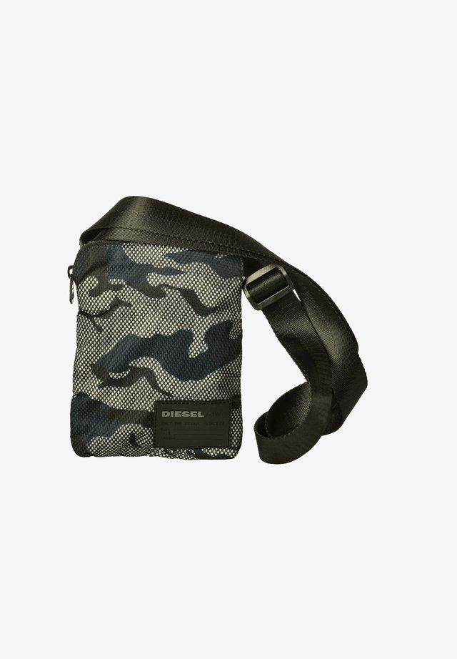 HERREN SCHULTERTASCHE, F-DISCOVER - Across body bag - blau, schwarz, weiß