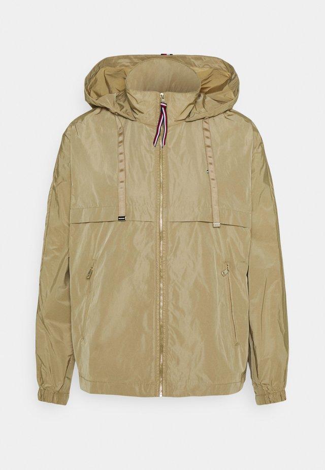 WINDBREAKER - Zimní bunda - camel