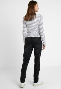 Forever Fit - MOM  - Slim fit jeans - washed black - 2