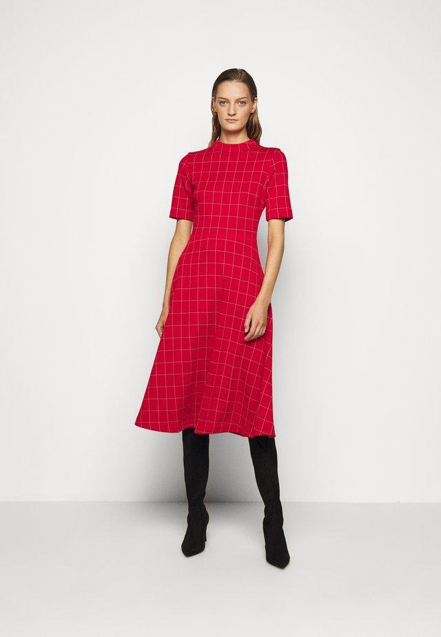 DASERA - Denní šaty - red