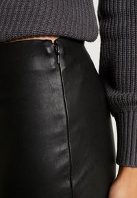 ONLY - ONLLENA - Trousers - black - 5