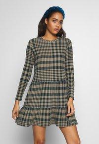JDY - JDYBRIENNE DRESS - Robe pull - deep teal/travatine check - 0