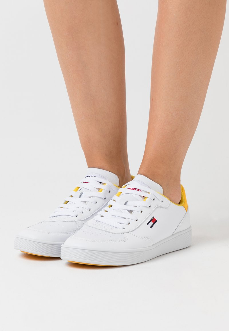 Tommy Jeans - CUPSOLE  - Trainers - white/valley yellow