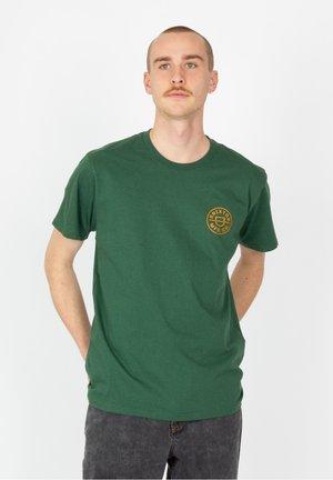 CREST X - Print T-shirt - hunter green