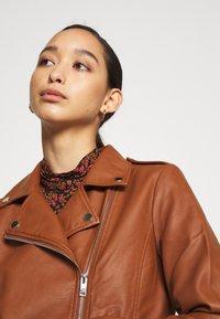 Vila - VICARA JACKET - Faux leather jacket - tortoise shell - 4