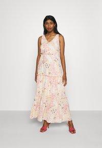 Vero Moda - HANNAH - Maxi dress - birch/hannah - 0