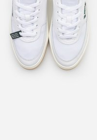 Lacoste - Baskets basses - white/dark green - 5