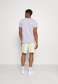 Nike SB - SUNDAY UNISEX - Tracksuit bottoms - coconut milk/light dew - 2
