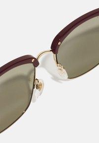 Gucci - UNISEX - Occhiali da sole - burgundy/gold-coloured/green - 4