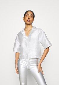 Monki - FANNY BLOUSE - Button-down blouse - silver - 0