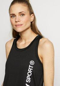 Superdry - TRAINING ESSENTIAL VEST - Camiseta de deporte - black - 3