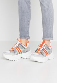 Topshop - COLORADO CHUNKY TRAINER - Trainers - orange - 0
