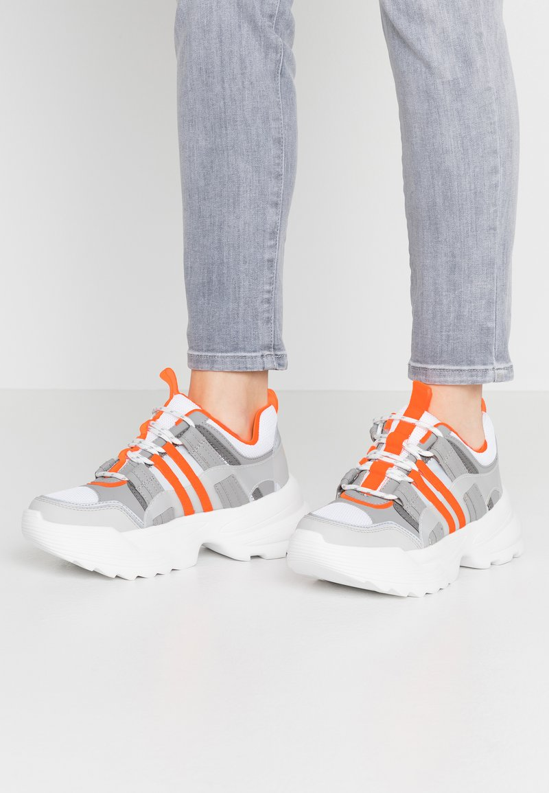 Topshop - COLORADO CHUNKY TRAINER - Trainers - orange