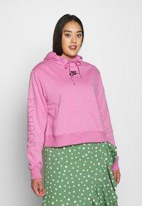 Nike Sportswear - AIR HOODIE PLUS - Hoodie - magic flamingo - 0