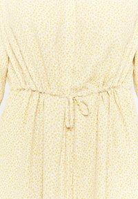 Selected Femme Curve - SLFAMINA DRESS CURVE - Day dress - sandshell - 5