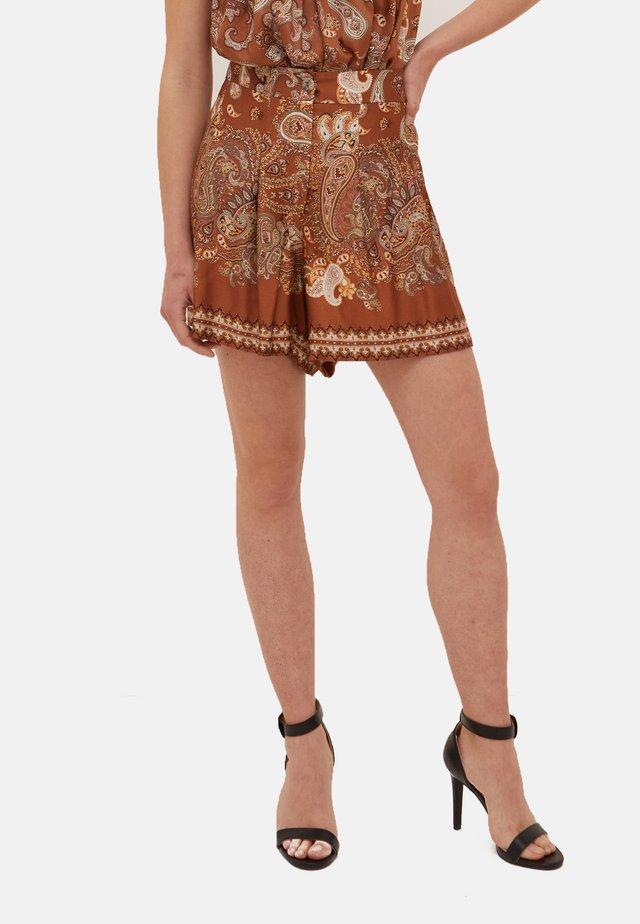 Shorts - marrone
