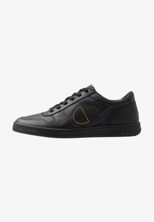 LOW CUT SHOE 919 LOW LEATHER - Trainers - black