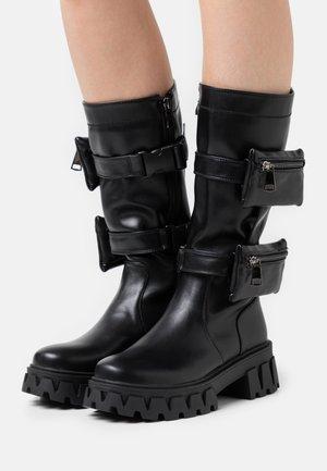 VEGAN MIDNIGHT - Botas con plataforma - black