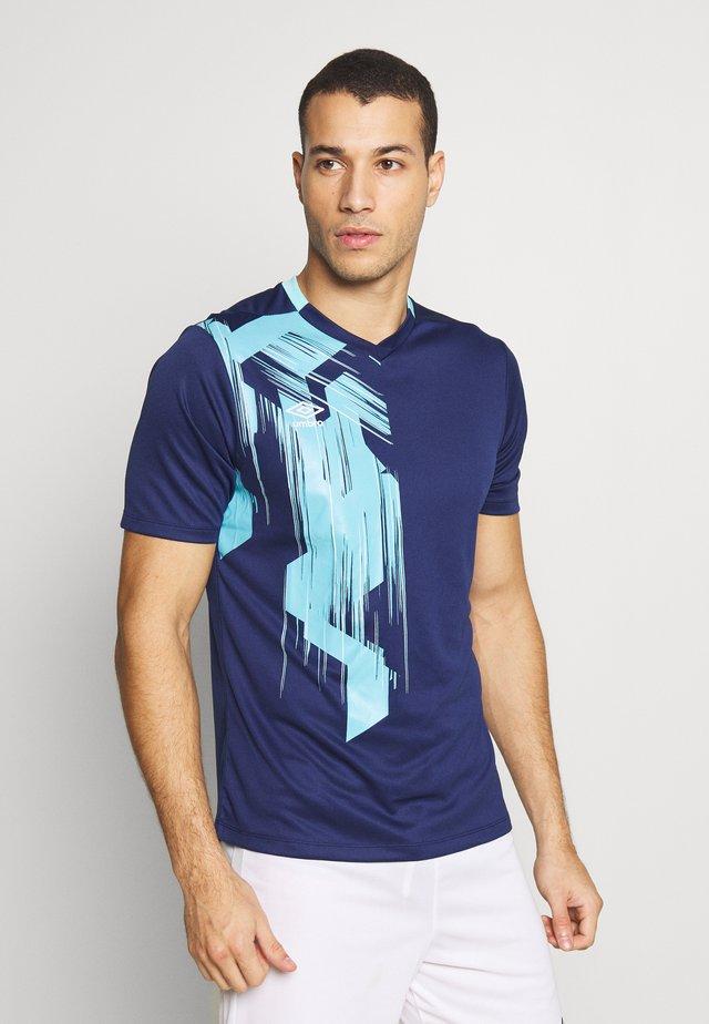 GRAPHIC TRAINING  - Print T-shirt - medieval blue /blue radiance/brilliant white