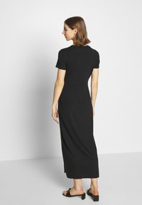 Vero Moda - VMAVA LULU ANCLE DRESS - Maxikjole - black - 3