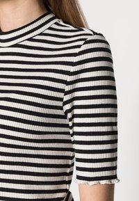 Selected Femme - ANNA CREW NECK TEE  - Print T-shirt - black - 4