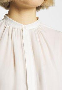 Polo Ralph Lauren - IDA LONG SLEEVE - Blouse - trophy cream - 6
