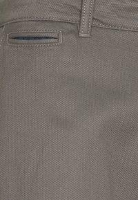 TOM TAILOR - STRUCTURE  - Trousers - castlerock grey - 6