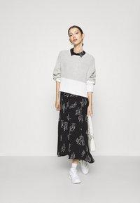 Monki - ADA DRESS - Skjortekjole - black - 1
