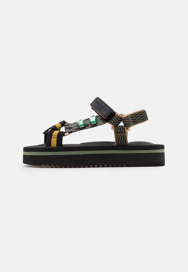 OLIVIA - Korkeakorkoiset sandaalit - khaki