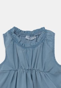 Name it - NMFBATAS  - Denim dress - light blue denim - 2