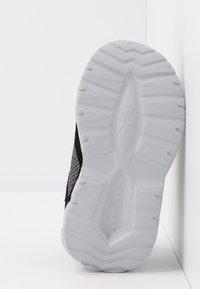 Skechers - MAGNA LIGHTS - Trainers - black/gray/orange/blue - 5