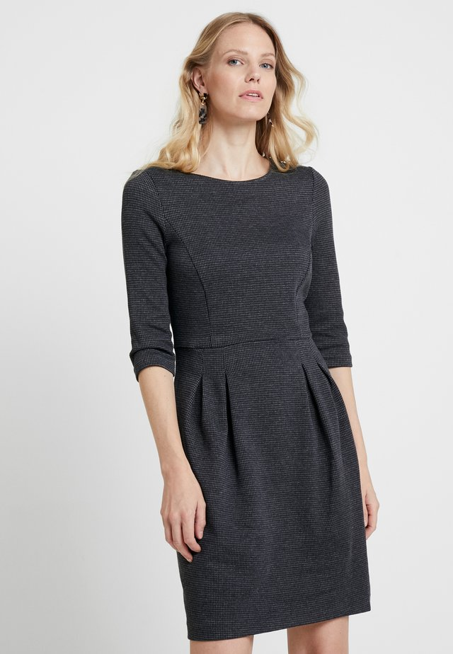 JAQUARD DRESS - Etuikleid - grey/blue