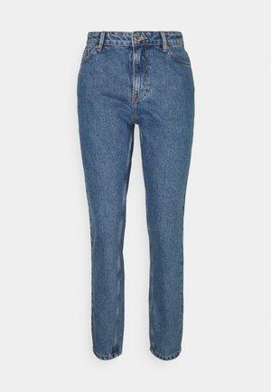ONLJAGGER LIFE HIGH MOM ANKLE - Jeans Tapered Fit - medium blue denim