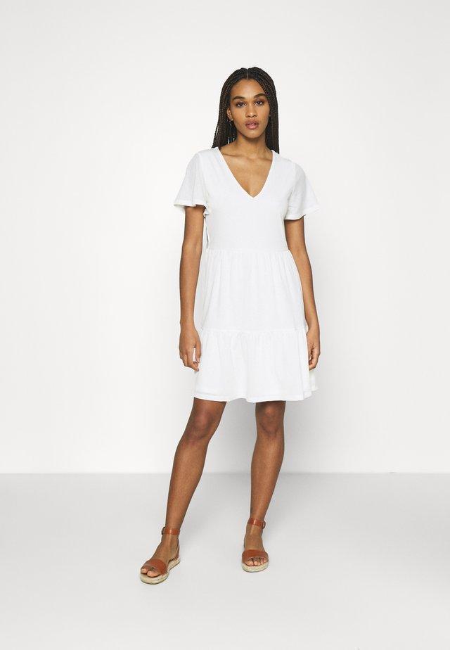 VINATALIE SHORT DRESS - Jerseykleid - snow white