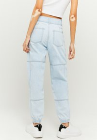 TALLY WEiJL - Jeans Tapered Fit - blu - 2