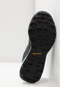 adidas Performance - TERREX SKYCHASER LT GTX - Chaussures de marche - ash grey/core black/clear mint - 4