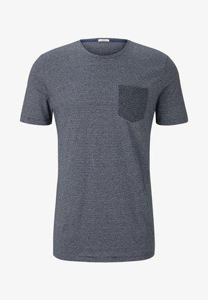 MIT BRUSTTASCHE - Print T-shirt - navy mocktwist stripe