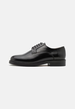 HANDCRAFTED BOND POLIDO DERBY SHOE - Lace-ups - black