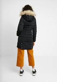 Hollister Co. - PUFFER PARKA - Dunkåpe / -frakk - black - 2