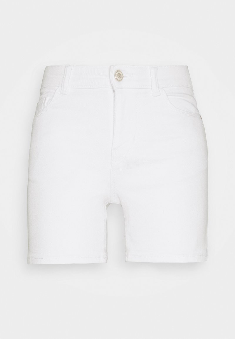 Pieces Petite - PCKAMELIA FOLD UP - Denim shorts - bright white